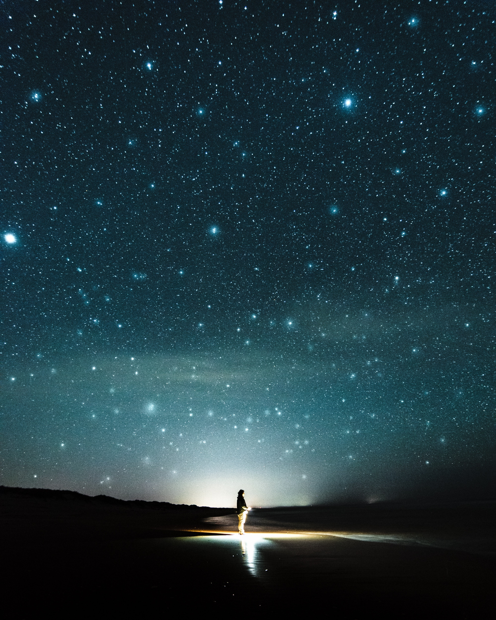 When Cancer Makes your Life Dark, Look for the Stars. Photo by Eidy Bambang-Sunaryo on Unsplash