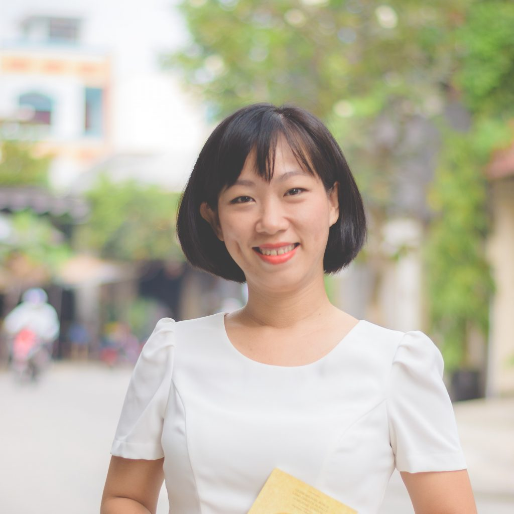 "alt=""Coach Hồng Hạc"""